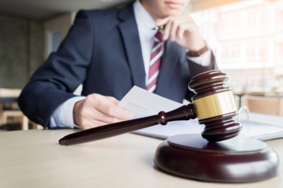 لزوم کارت ویزیت برای وکلا
